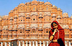 Golden triangle tour Delhi Agra Jaipur A.K.A Golden Triangle of India Trip is the best golden triangle vacation packages with five star hotels in agra, five star hotels in jaipur and five star hotels in delhi. It is the best indian holidays